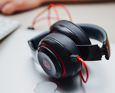 Experience Great Sound With Beats Headphone